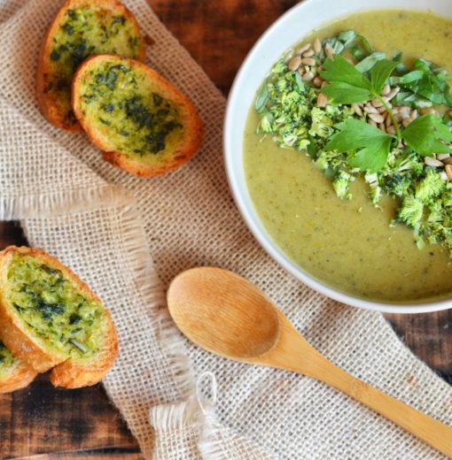 Zupa Krem z Brokuła z Grzankami