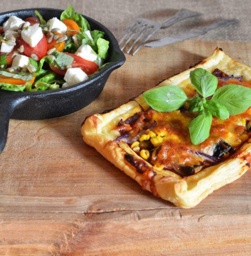 Pizzerinki z Ciasta Francuskiego z Pieczarkami i Kukurydzą